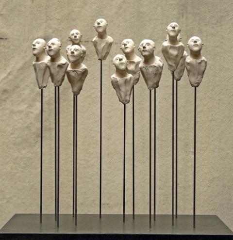 Emmanuelle PIQUART | Treize innocents | 2008